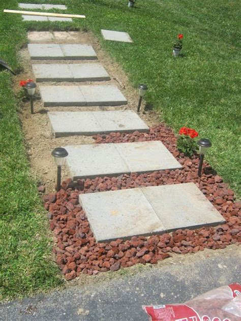 Backyard Sidewalk Ideas 25 Best Front Sidewalk Ideas On Pinterest Front Yard Walkway Patio Ideas Country And Country