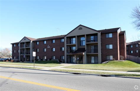 one bedroom apartments st cloud mn executive apartments rentals saint cloud mn