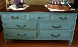 Bedroom Dresser Handles before amp after fun with chalk paint 174 ecochic