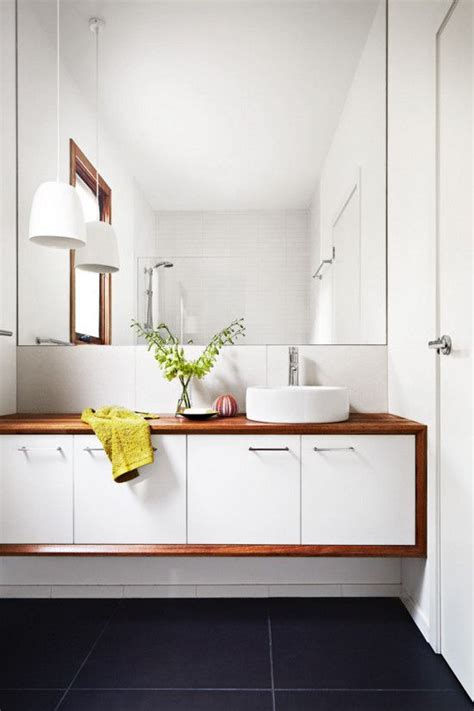Mid Century Modern Bathroom Mirrors 30 Cool Ideas To Use Big Mirrors In Your Bathroom Digsdigs
