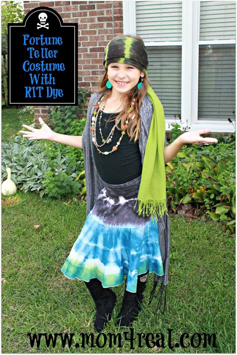 halloween costumes       minutes