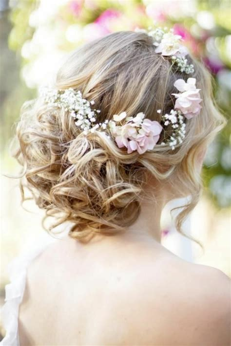 Hochzeitsfrisur Geflochten Blumen by Brautfrisur Mit Blumen 44 Einmalige Fotos Archzine Net