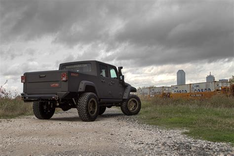 jeep bandit stock time to get wild with the starwood motors jeep bandit sport
