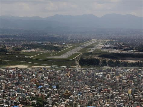 Ktm Airport Nepal Earthquake Crews Race To Rescue Climbers On Mount