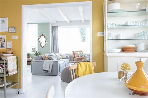 inrichting met okergeel trendkleur oker geel 4 stylingtips voor d 233 kleurentrend