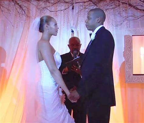Are Beyonce And Z Finally Getting Married by Beyonc 233 Didn T Really Like Wedding Dress Designed By