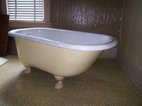 1920s bathtub bath tub claw foot circa 1920 in rock falls il 61071