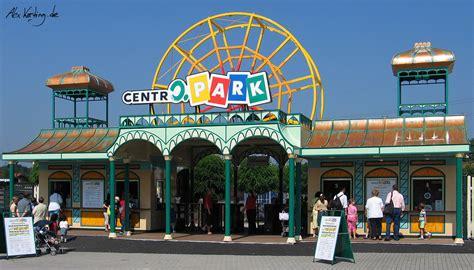 Theme Park Entrance | alex korting design portfolio themepark design