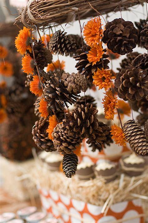 festive diy pine cone decorating ideas hative