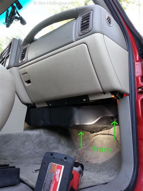 Chevy Silverado Cabin Air Filter by In Cabin Air Filter For 2013 Chevy Silverado Autos Post