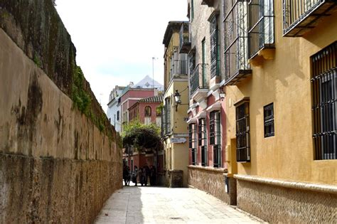 a trip to the jewish quarter of seville spain