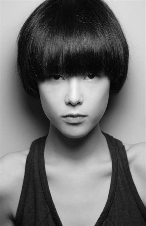 bib haircuts that look like helmet mae lapres newfaces