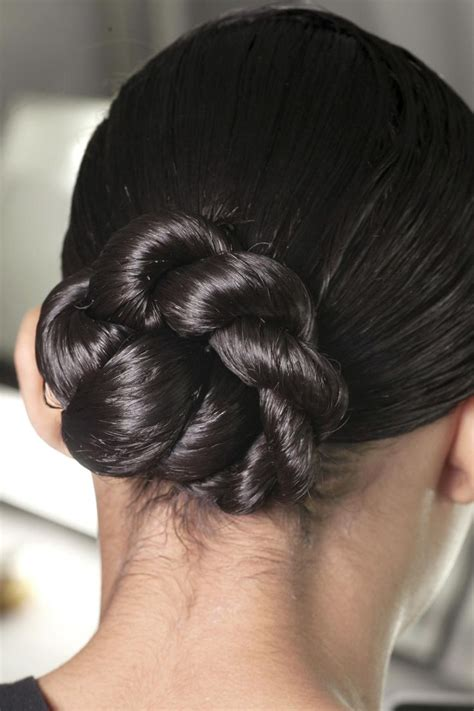 twisted flip bun updos pictures tutorial easy updo 17 best images about updos ponytails on pinterest