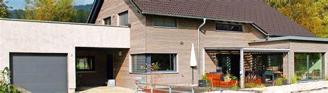 Haus Mit Holzfassade by Holzfassade Haus Eternit Haus Drr Holzfassade Kitzlinger