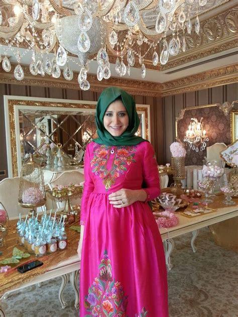 Baju Untuk Pesta contoh baju muslimah yang modis untuk pesta