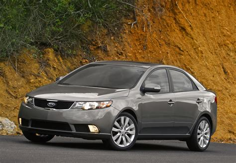 Is The Kia Forte A Car 2013 Kia Forte Review Ratings Specs Prices And Photos