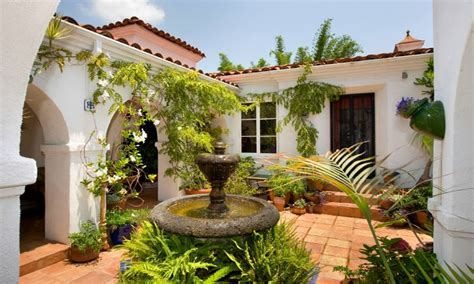 home courtyards mediterranean style homes spanish style homes with