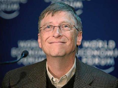 Bill Gates Facebook Giveaway - microsoft s bill gates joins linkedin business insider