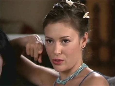 Phoebe Halliwell Hairstyles by Which Look Is It Anyway Unlikely Style Icon Phoebe