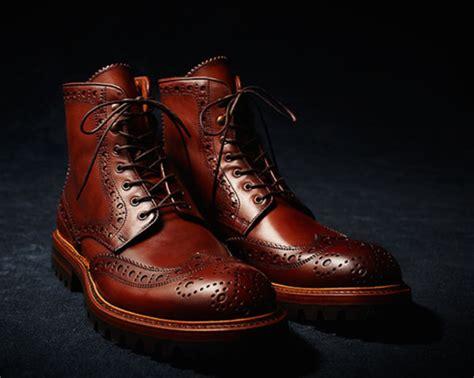 Sepatu Merk Terkenal 11 merk sepatu terkenal dan termahal di dunia pasti ngiler