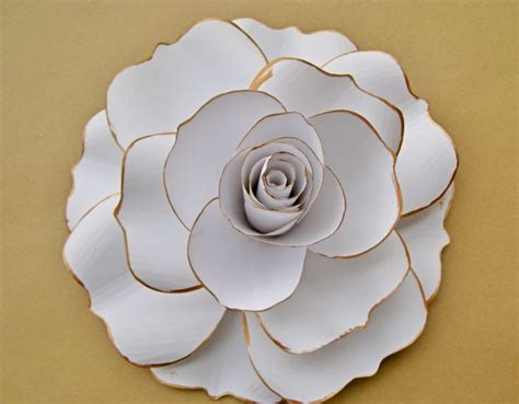 How To Make Large Paper Flowers For Wedding - best 25 big paper flowers ideas on paper