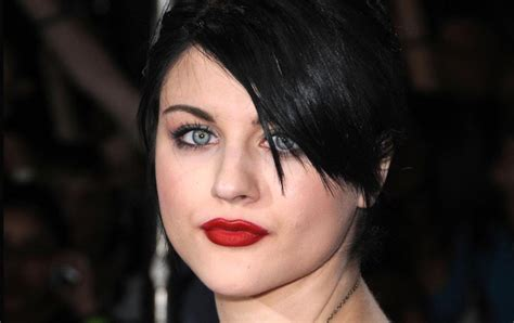 Frances Bean by Frances Frances Bean Cobain Photo 31030797 Fanpop