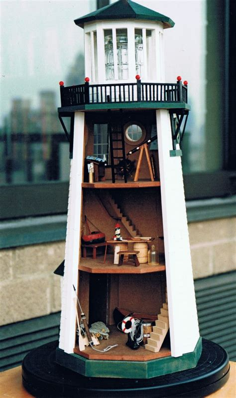 dioramas  clever  model lighthouse