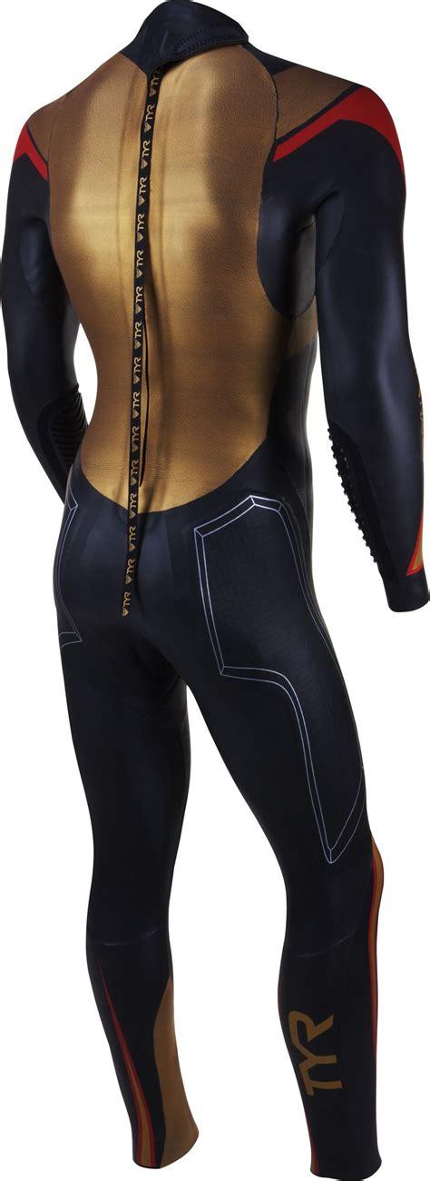best surf wetsuits best 25 wetsuit ideas on womens wetsuit