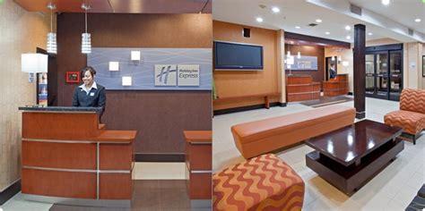 Inn Express Front Desk Description by Arlington Hotel Inn Express
