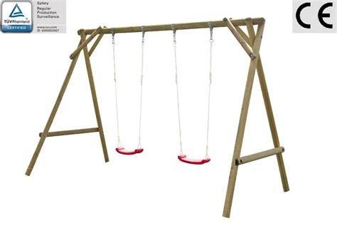 altalena da giardino altalena da giardino per bambini in legno d abete nordico