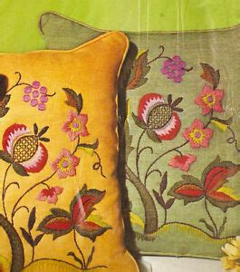 crewel pillow kits vintage paragon 034 floral jacobean 034 crewel embroidery