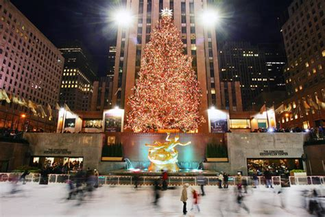 when do they remove rockefeller christmas tree 6 rockefeller center tree facts mental floss