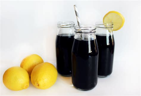 Activated Charcoal Detox by Why Charcoal Lemonade Is The New Way To Detox Plus Recipe