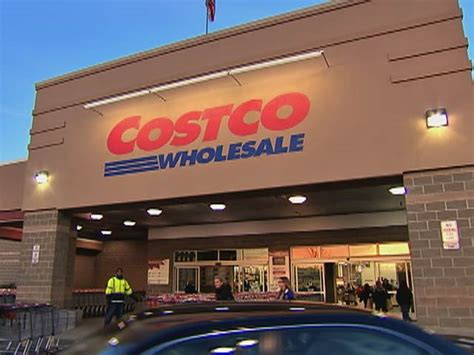 pauls warehouse hours inside the box what s the secret to costco s success