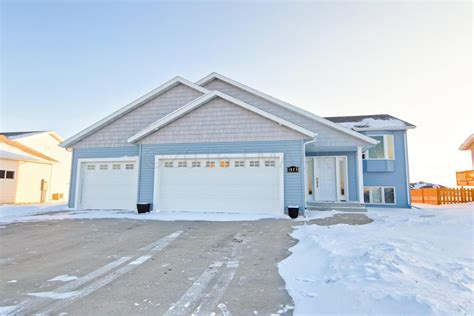 just listed beautiful bi level home in west fargo