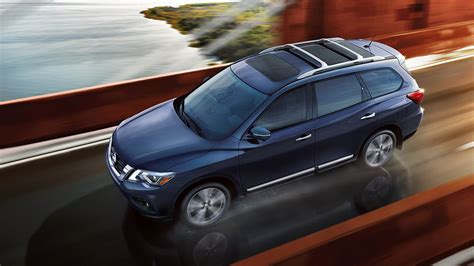 younger nissan 2017 nissan pathfinder earns 5 rating from nhtsa