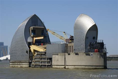 thames barrier used the thames barrier pictures free use image 31 69 7 by