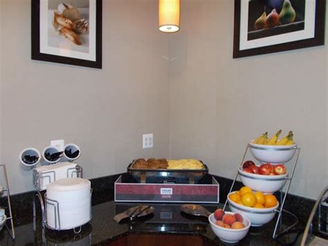 breakfast at comfort suites breakfast picture of comfort inn suites lexington park