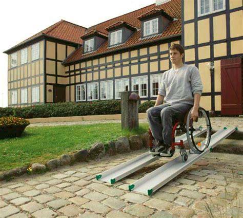 pedane mobili per disabili re mobili per scooter e carrozzine per l abbattimento