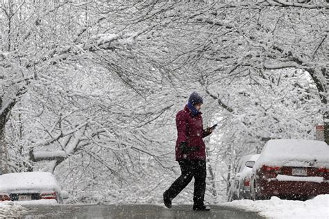 2015 new york blizzard northeast snowstorm 2015 state of emergency declared in