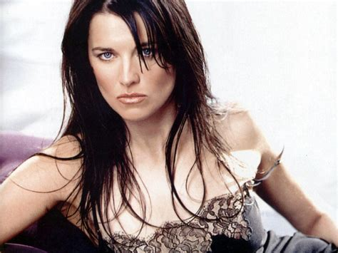 lucy photo seven stars world lucy lawless