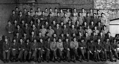 la nueve les 2756050253 la nueve ces espagnols qui ont lib 233 r 233 paris en 1944 culture rfi