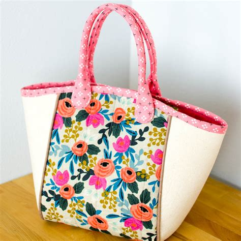 No Pattern Tote Bag | 14 free tote bag patterns you can sew in a day plus