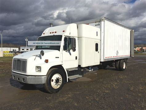 Box Truck With Sleeper by 2000 Freightliner Fl70 Truck Sleeper