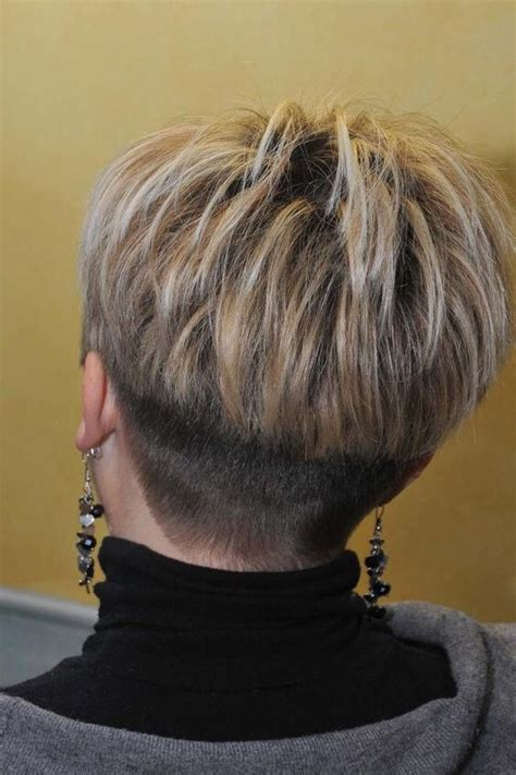 anne robinson hairstyles 485 best wedge hairstyles mom images on pinterest hair