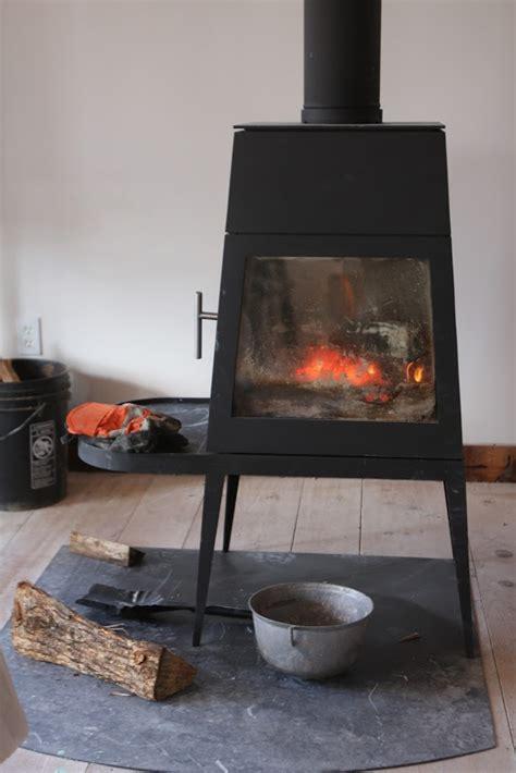 skantherm shaker wittus shaker stove black white palette