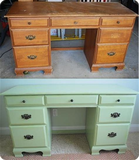Desk Painting Ideas by 25 Best Painted Desks Ideas On Refinished
