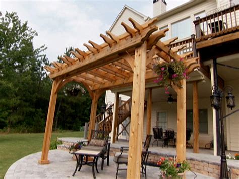 build an arbor trellis how to build a garden pergola how tos diy