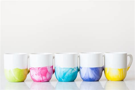 mug design using nail polish diy marble dipped mugs the sweetest occasion