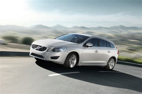 what is volvo volvo v60
